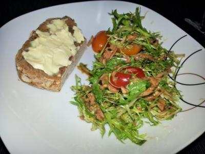 Knackiger Thunfischsalat mit Balsamico-Senfdressing - Rezept