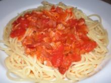 Pasta mit Zwiebel-Specksauce - Rezept