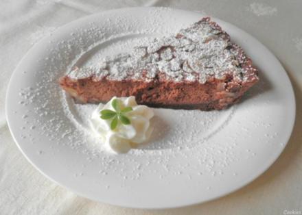 Schokoladen - Käse - Tarte mit Birnen und Mandeln - Rezept