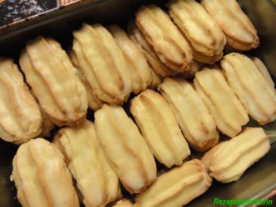 Kekse:   ORANGENSTÄBCHEN mit Cointreau - Rezept