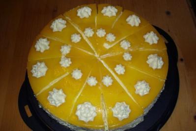 Pfirsich-Quark-Torte ohne Backen - Rezept