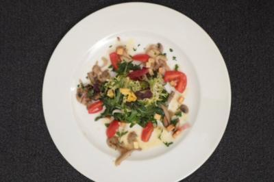Rezept: Salatvariation mit Pilzen und Kartoffelmarinade