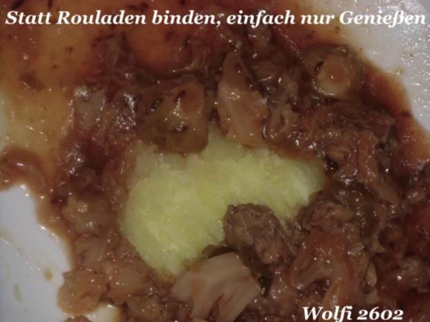 Gemüse : Geplatzte Kohlroulade (Wirsing-/ Rosenkohl & Thüringer Hackfleisch) - Rezept - Bild Nr. 2