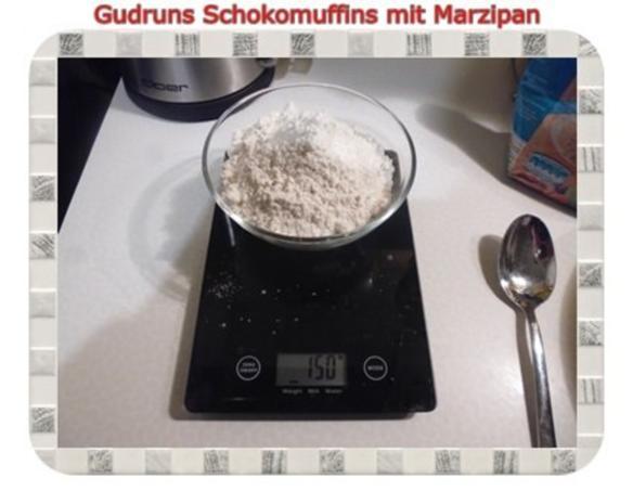 Muffins: Schokomuffins mit Marzipan - Rezept - Bild Nr. 3