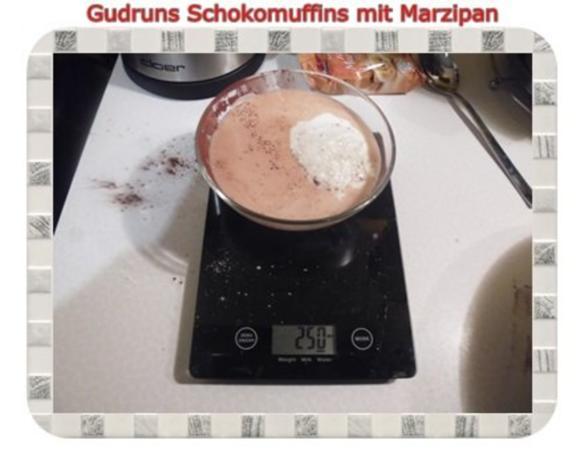 Muffins: Schokomuffins mit Marzipan - Rezept - Bild Nr. 7