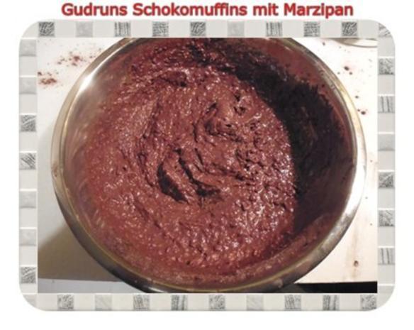 Muffins: Schokomuffins mit Marzipan - Rezept - Bild Nr. 10