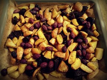 Beilage: Kartoffeln und Rote Bete vom Blech mit Ziegenfrischkäse-Dip - Rezept