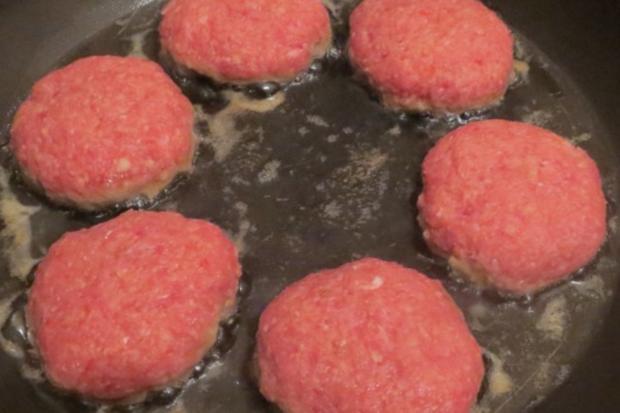 Kochen: Kohlrabi mit Sauce zu Mini-Frikadellen - Rezept
