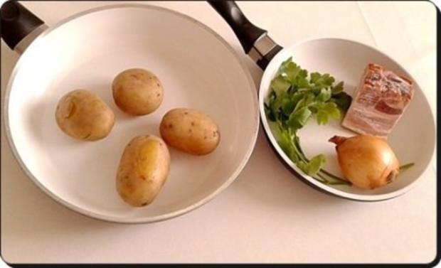 Chili Wiener im Cheddar Käse-Blätterteig-Mantel  aus dem Backofen und Bratkartoffeln dazu - Rezept - Bild Nr. 19