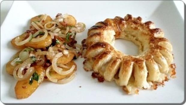 Chili Wiener im Cheddar Käse-Blätterteig-Mantel  aus dem Backofen und Bratkartoffeln dazu - Rezept - Bild Nr. 32