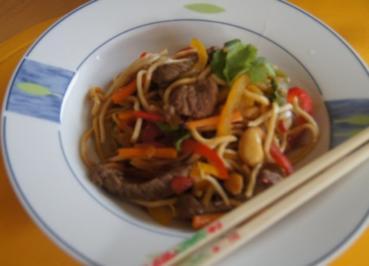 Rindfleisch-Nudel-Wok - Rezept