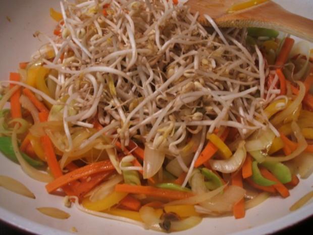 """Suppen: Hühnersuppe """"Shanghai"""" - Rezept - Bild Nr. 19"""