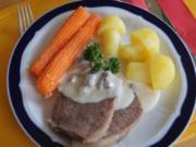 Tafelspitz mit Meerrettichsauce, karamellisierten Möhren und Kartoffelpilzen - Rezept