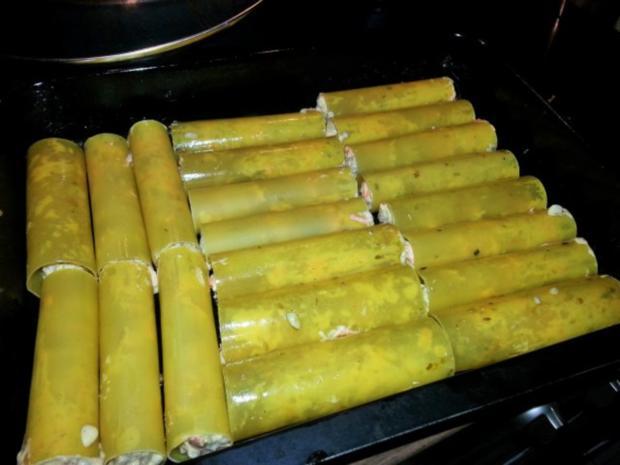 Cannelloni mit cremiger Hackfleischfüllung überbacken mit Tomatensugo - Rezept - Bild Nr. 6