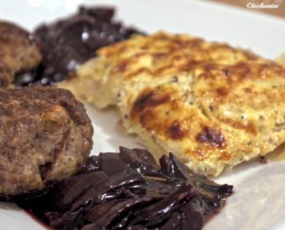 Pastinaken-Kartoffel-Gratin, Bouletten, Rotweinzwiebeln - Rezept