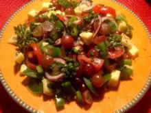 Paprika-Trauben-Käsesalat - Rezept