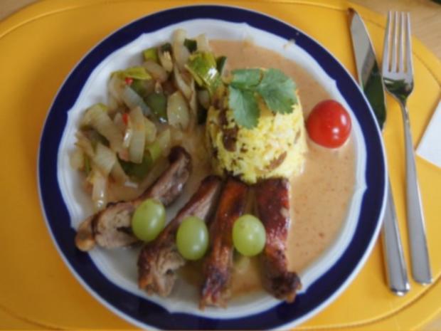 Gourmet Knusperente mit orientalischen Reis und Erdnusssauce - Rezept