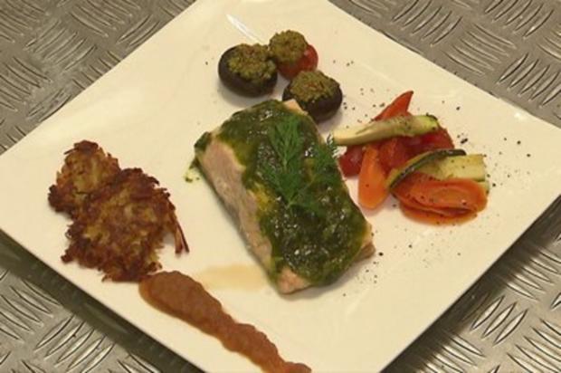 Lachs mit Pesto und Ofengemüse (Oliver Niesen) - Rezept