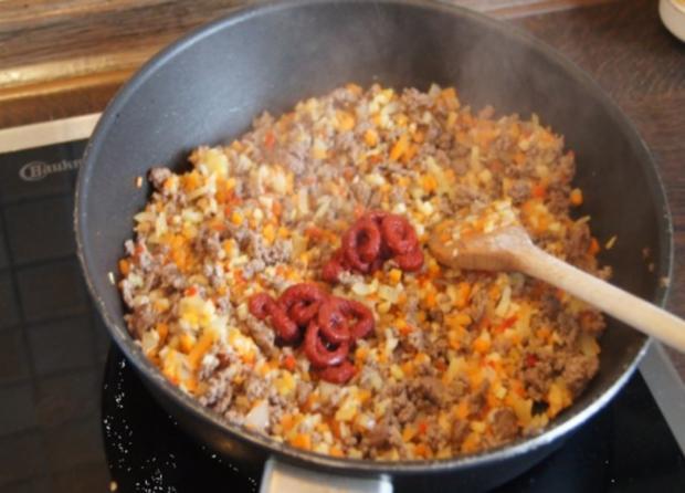 Nudeln mit Sauce und Salat - Rezept - Bild Nr. 8