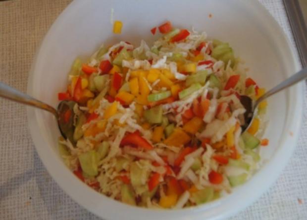 Nudeln mit Sauce und Salat - Rezept - Bild Nr. 13