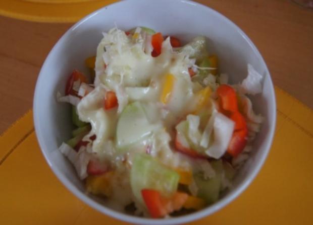 Nudeln mit Sauce und Salat - Rezept - Bild Nr. 15