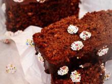 Schokoladen-Becherkuchen, schnell und saftig - Rezept