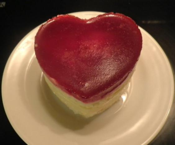 Valentins - Dessert ... ein Dessert zum Verlieben ... ;-) - Rezept - Bild Nr. 23