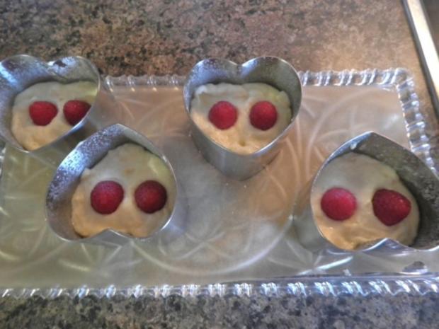 Valentins - Dessert ... ein Dessert zum Verlieben ... ;-) - Rezept - Bild Nr. 19