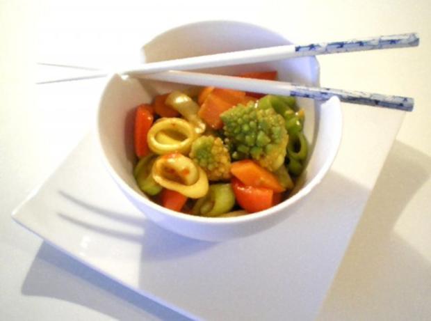 Asiatischer Gemüse-Eintopf mit Romanesco - Rezept