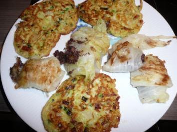 Gefüllte Chinakohlröllchen an Zucchini - Puffer. - Rezept
