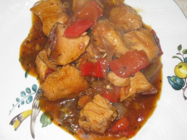 Putengulasch mit Paprika und Zwiebeln - Rezept - Bild Nr. 5