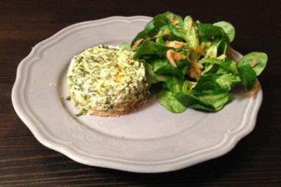 Grüne Soße Quiche mit Feldsalat - Rezept