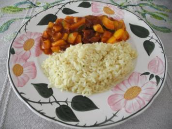 Rezept: Reis an Gemüse - Ananas - Gulasch