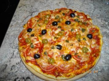 Rezept: Tomaten-Mozzarella-Pizza