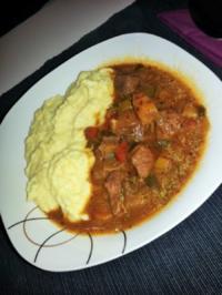 Irish Stew mit Polenta-Kartoffelpüree - Rezept