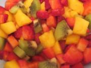 Dessert: Obstsalat auf Joghurt - Rezept