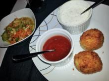 Fischbällchen mit süß saurem Salat - Rezept