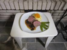Kalbsfilet in süßer Pfeffer-Morchelsoße mit Pastinakenpüree - Rezept