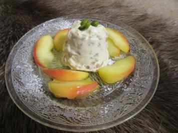 Kastanien-Parfait mit karamellisierten Apfelspalten - Rezept