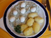 Wachteleier auf Frankfurter Grüne Soße mit gepellten Drillingen - Rezept