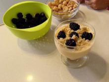 Dollys Brombeer Trifle (Nachspeise Tanja Szewczenko) - Rezept