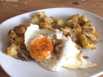 Bratkartoffel mit Spiegelei - Rezept