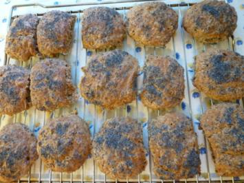 Rezept: Roggen-Dinkel-Mohnbrötchen