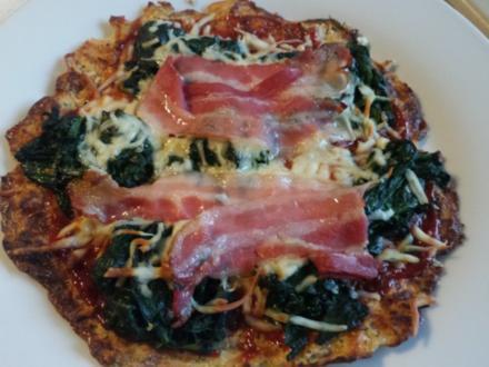 Pizza mit Blumenkohl-Boden - Rezept