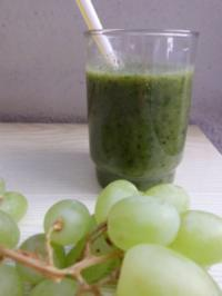 "Rezept: Smoothie: ""Green Fruity"""
