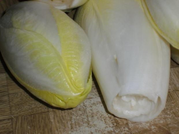 Chicoree überbacken mit schinken und käse