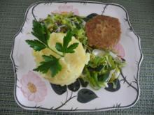 Kartoffelbrei an gebuttertem Porree mit Falafel - Rezept