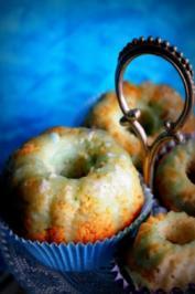 Muffins: Exotische Mini-Kokos-Ananas-Gugelhupfe - Rezept