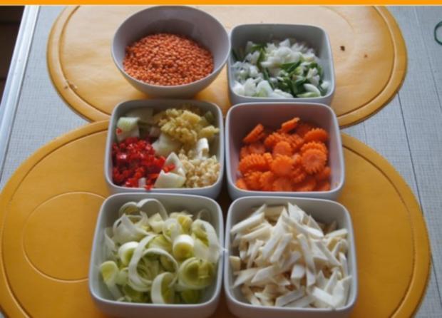 Rote Linsen-Gemüse-Suppe mit Riesengarnelenschwänzen - Rezept - Bild Nr. 3