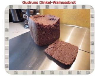 Brot: Dinkel-Walnussbrot - Rezept